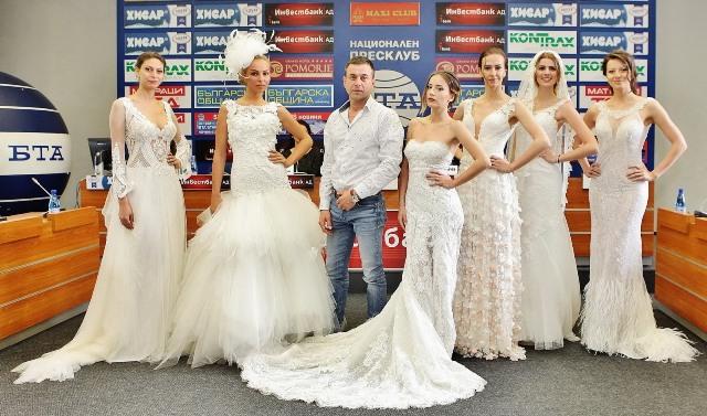 Христо Чучев с манекените, които представиха част от моделите.