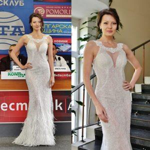"""Диана Иванчева представя модел """"Идалия""""."""